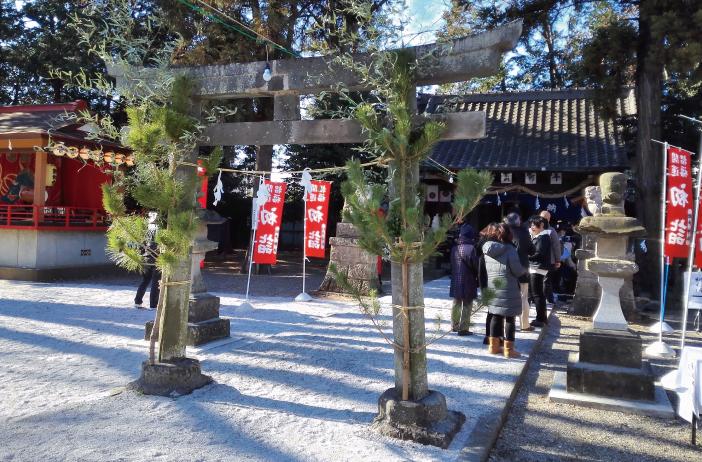 初詣の坂戸神社