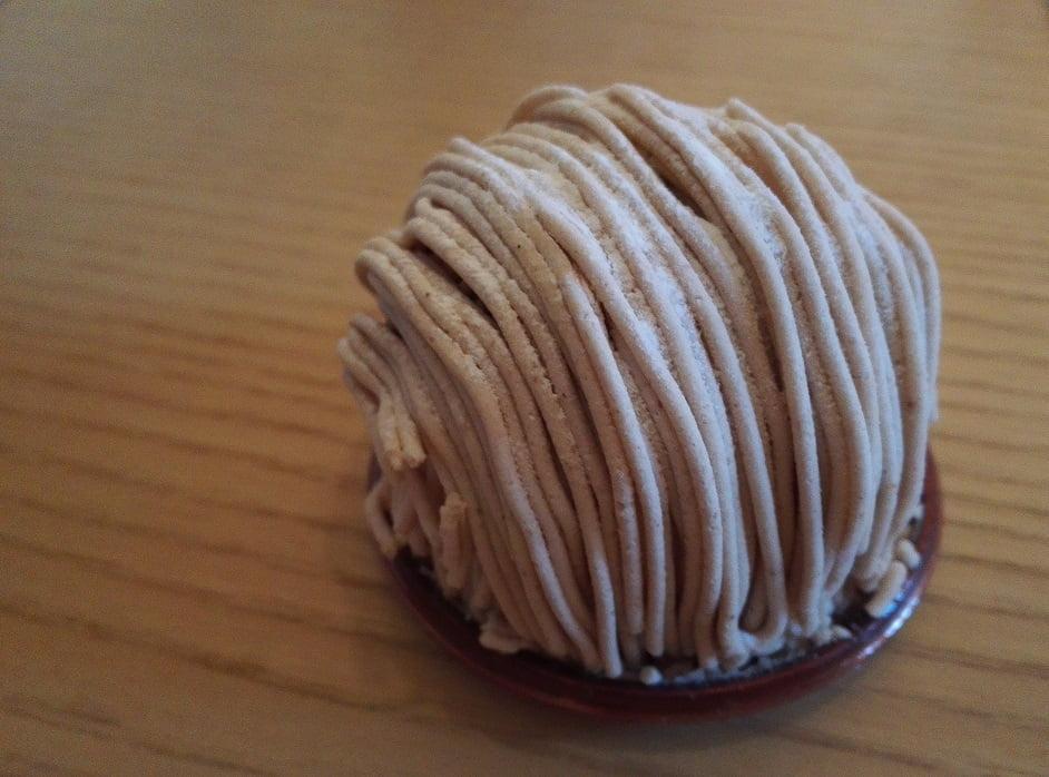 「アピアピ」1番人気のモンブランケーキ