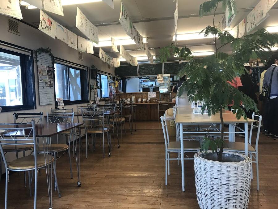 加藤牧場の食堂