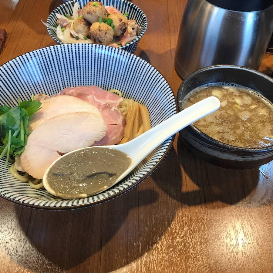 寿製麺よしかわ川越店の「煮干つけ麺」