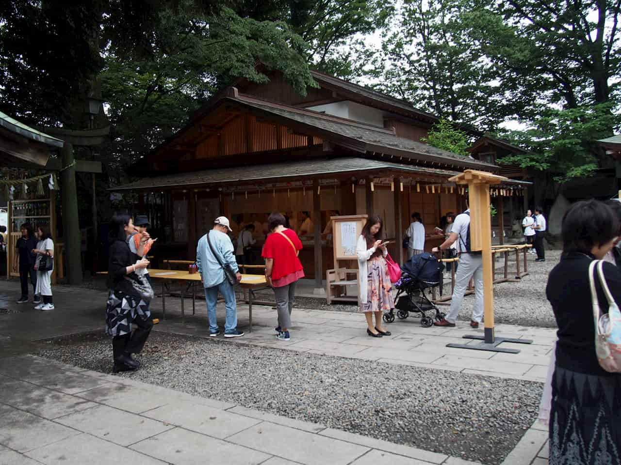 「縁むすび風鈴」期間中の神社の中
