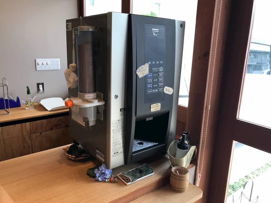 ハンドメイドベーカリー ニコリのコーヒー機