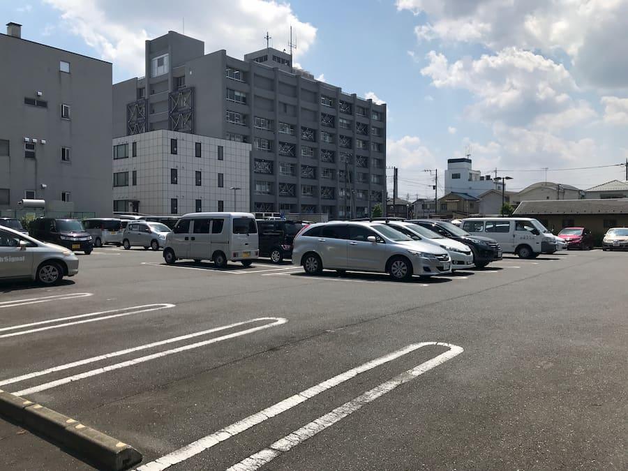 川越市役所北側駐車場