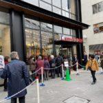 イトーヨーカドー食品館川越店のお店の前の行列