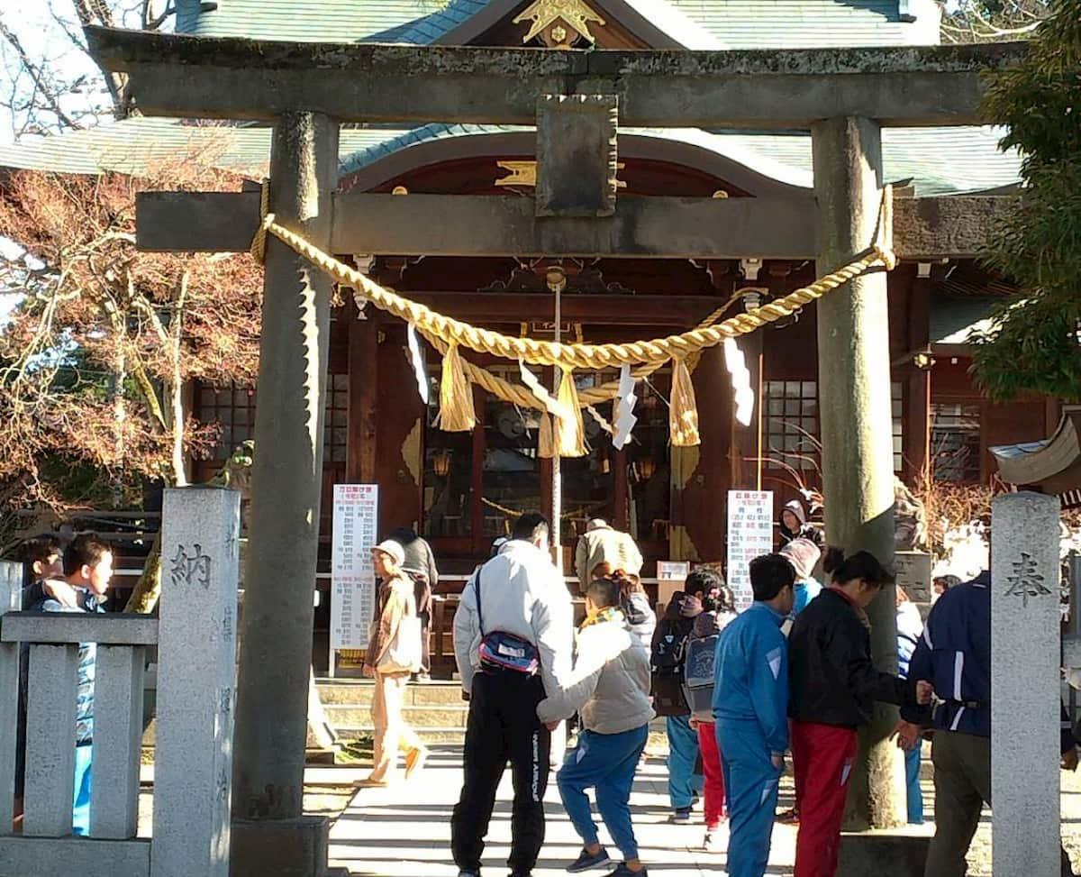 行田八幡神社の入り口