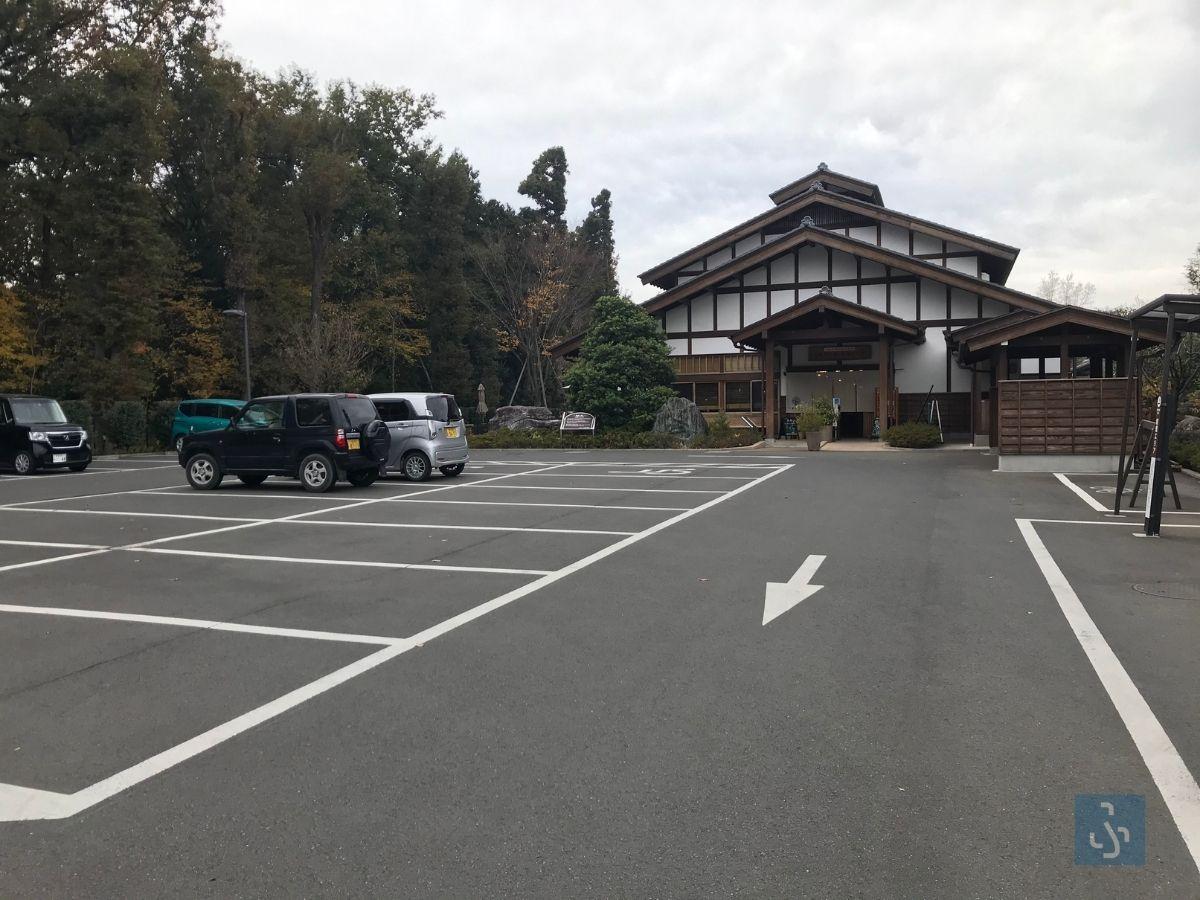 三富今昔村の駐車場